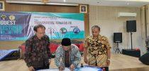1.Rektor Universitas Kadiri beserta dengan Ketua STMIK AB Surakarta dan Direktur Akademi Tknologi AUB Surakarta dalam penandatanganan MoU, Kamis, 03 Oktober 2019